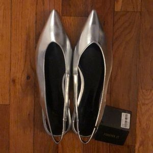 NWT forever 21 silver flats